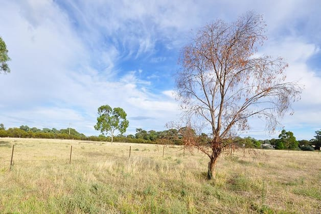 82 Ungarie Road West Wyalong NSW 2671 - Image 3