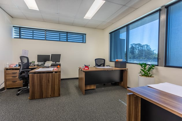 7/3-5 University Drive Meadowbrook QLD 4131 - Image 5