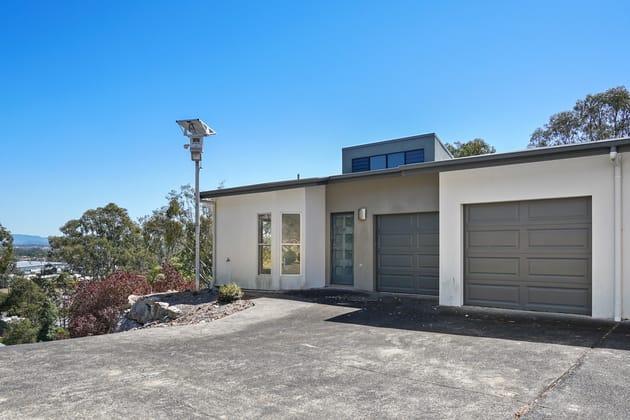 4 Fleay Court Burleigh Heads QLD 4220 - Image 4