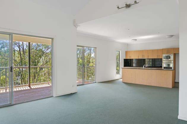 4 Fleay Court Burleigh Heads QLD 4220 - Image 5