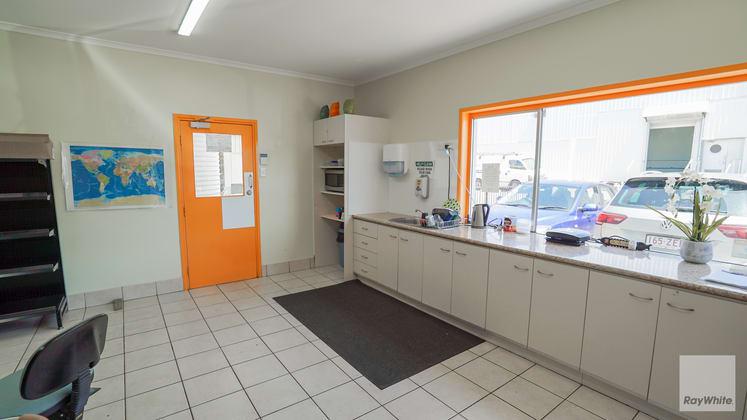 2/526 Maroochydore Road Kunda Park QLD 4556 - Image 4