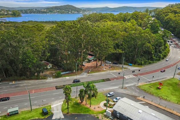 389 AVOCA DRIVE Green Point NSW 2251 - Image 3