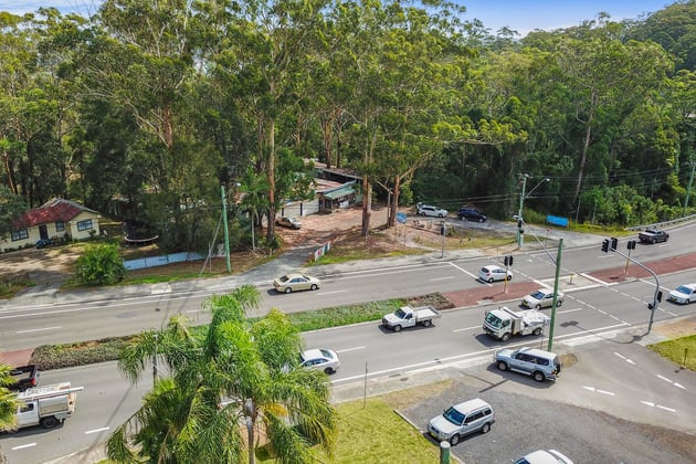 389 AVOCA DRIVE Green Point NSW 2251 - Image 2
