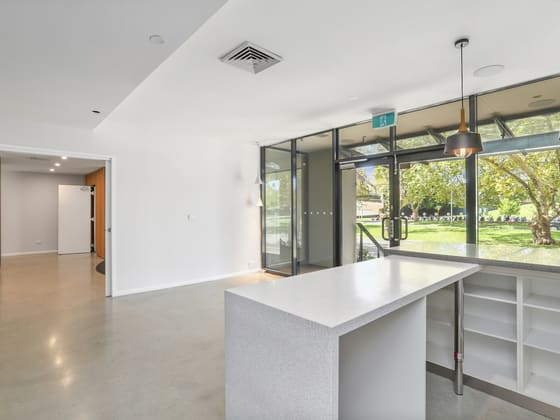 3/116 Mounts Bay Road Perth WA 6000 - Image 4