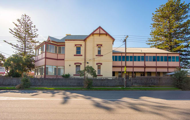 Lady Gowrie Drive Largs Bay SA 5016 - Image 5