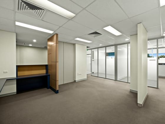 7/195 Hume Street Toowoomba QLD 4350 - Image 4