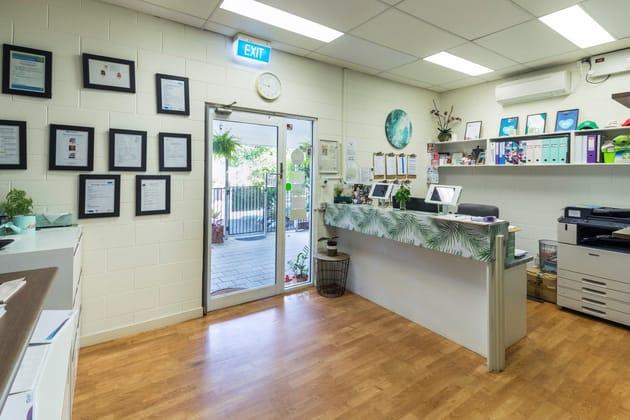 100 Callum Street Mooroobool QLD 4870 - Image 5