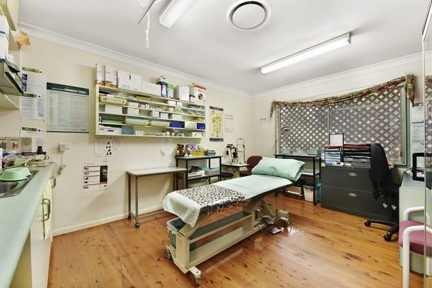 369-371 Bridge Street Wilsonton QLD 4350 - Image 4