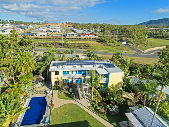 Coral Inn Boutique Hotel Yeppoon QLD 4703 - Image 2