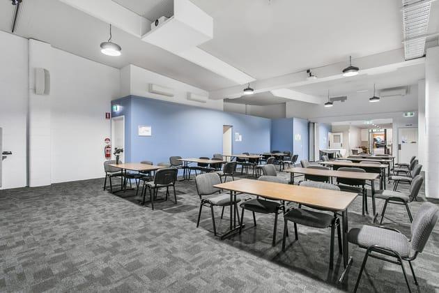 22 Hamilton Place Bowen Hills QLD 4006 - Image 2