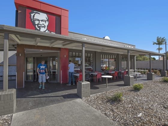 75 The Lakes Way Forster NSW 2428 - Image 4