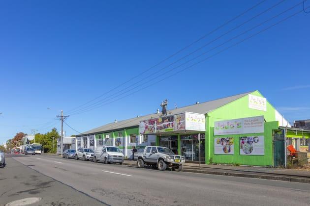 290-300 Mann Street Gosford NSW 2250 - Image 3