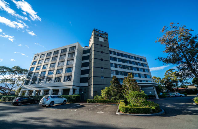 Rydges Bankstown 874 Hume Highway Bass Hill NSW 2197 - Image 2