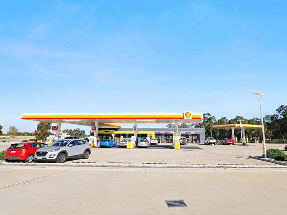 6 Beacham Road (Cnr Pinjarra Road) Ravenswood WA 6208 - Image 4