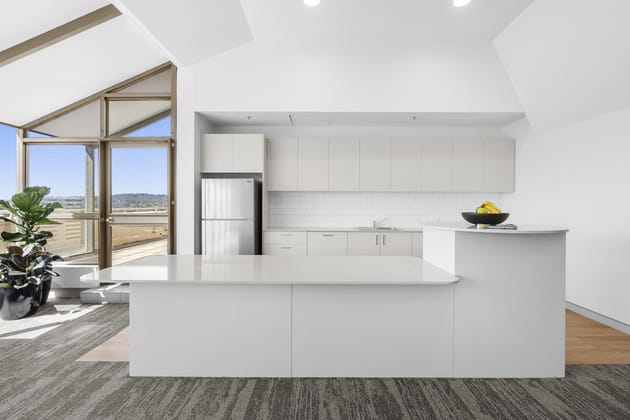 10&11/1 Bowes Place Woden ACT 2606 - Image 5