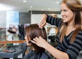 Hairdresser Business in Wavell Heights