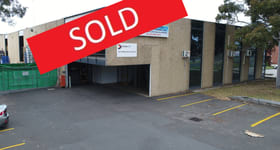 Showrooms / Bulky Goods commercial property sold at 302-304 Boundary Road Braeside VIC 3195
