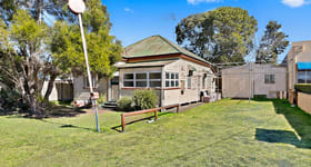 Showrooms / Bulky Goods commercial property sold at 7 Tointon Street Toowoomba City QLD 4350