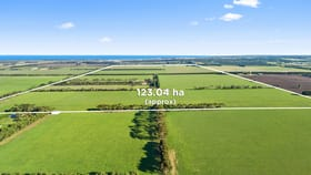 Rural / Farming commercial property sold at 880 Horseshoe Bend Road Mount Duneed VIC 3217