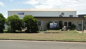 Factory, Warehouse & Industrial commercial property for lease at 3 HIXON STREET South Gladstone QLD 4680