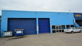Showrooms / Bulky Goods commercial property for lease at 2/113 Gladstone Road Allenstown QLD 4700