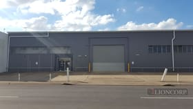 Showrooms / Bulky Goods commercial property for lease at Yeerongpilly QLD 4105