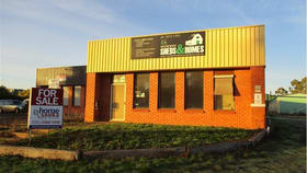 Showrooms / Bulky Goods commercial property for sale at 285 Coleraine Road Hamilton VIC 3300
