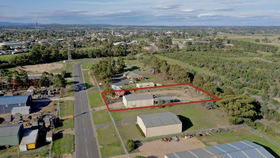 Industrial / Warehouse commercial property for sale at 34 Giles Street Bairnsdale VIC 3875