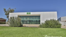 Industrial / Warehouse commercial property for sale at 85 - 87 Cureton  Avenue Mildura VIC 3500