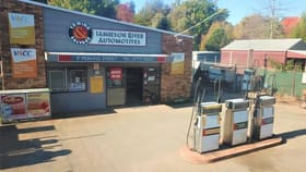 Showrooms / Bulky Goods commercial property for sale at 9 Perkins Street Jamieson VIC 3723