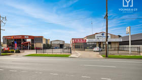 Showrooms / Bulky Goods commercial property for sale at 23, 25 & 27 Benalla Road Shepparton VIC 3630
