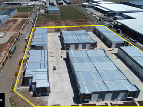 Showrooms / Bulky Goods commercial property for lease at 21-25 Perpetual Street Truganina VIC 3029
