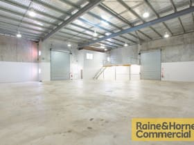 Industrial / Warehouse commercial property sold at 99 Wolston Road Sumner QLD 4074
