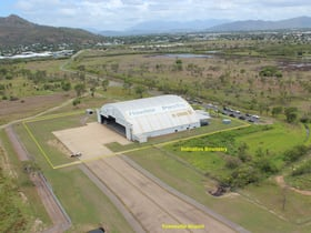 Hotel / Leisure commercial property for lease at 85 Old Common Road Rowes Bay QLD 4810