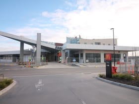 Retail commercial property for lease at Shop 8/800 Berwick Cranbourne Road Berwick VIC 3806
