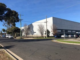 Showrooms / Bulky Goods commercial property for lease at 661 Waterdale Road Heidelberg West VIC 3081