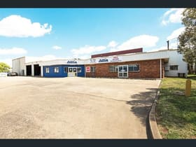 Industrial / Warehouse commercial property for lease at 1 Tews Court Wilsonton QLD 4350