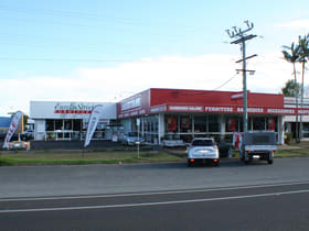 Showrooms / Bulky Goods commercial property for sale at 109-111 Anderson Street Manunda QLD 4870