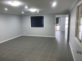 Factory, Warehouse & Industrial commercial property for lease at Unit 9/207-217 McDougall Street Wilsonton QLD 4350