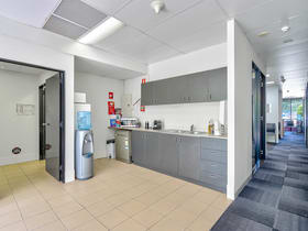 Offices commercial property for lease at 3 & 6/3970 Pacific Highway Loganholme QLD 4129