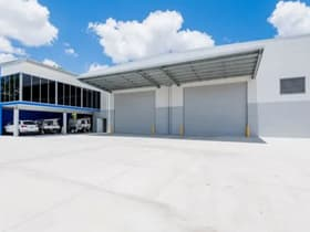 Showrooms / Bulky Goods commercial property for lease at 103 Magnesium Drive Crestmead QLD 4132