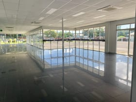 Retail commercial property for lease at 413-417 Mulgrave Road Bungalow QLD 4870