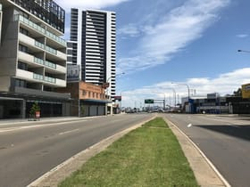 Showrooms / Bulky Goods commercial property for lease at 162 Terminus Street Liverpool NSW 2170