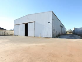 Factory, Warehouse & Industrial commercial property for lease at Maddington WA 6109