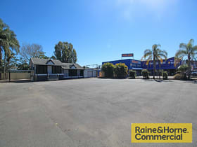 Factory, Warehouse & Industrial commercial property for lease at 632 Gympie Road Lawnton QLD 4501