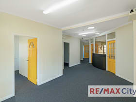 Offices commercial property for lease at 31 Samuel Street Camp Hill QLD 4152