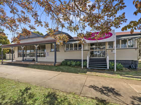 Offices commercial property for lease at Shop 1/417 Bridge Street Wilsonton QLD 4350