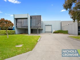 Industrial / Warehouse commercial property sold at 14 Phoenix  Court Braeside VIC 3195