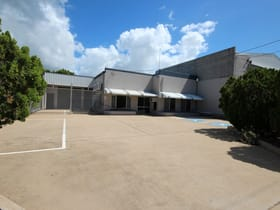 Showrooms / Bulky Goods commercial property for lease at 10 Cannan Street South Townsville QLD 4810