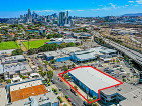 Showrooms / Bulky Goods commercial property for lease at 18 Thompson Street Bowen Hills QLD 4006